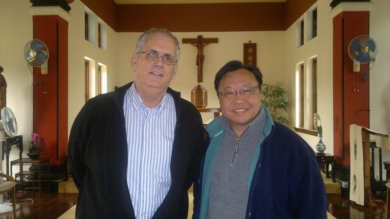 20111226 Fr.Brian Barrons   王朋神父